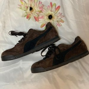 Woman's Puma Roma Chocolate Brown Suede Sneakers